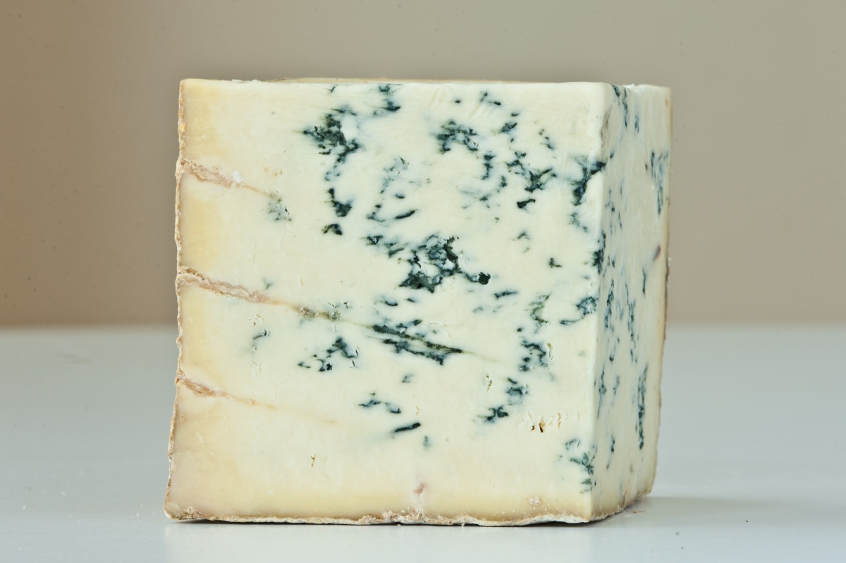 STILTON FROM COLSTON BASSETT