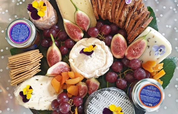 Presentation Platters and Light Corporate Lunches